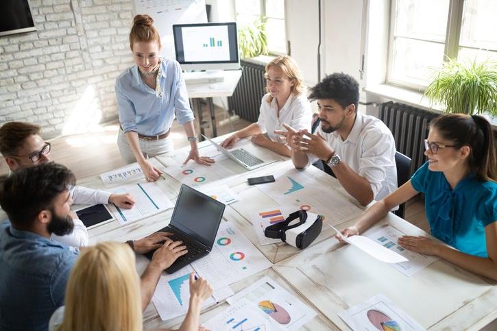 Externalizacion de costes laborales en empresa
